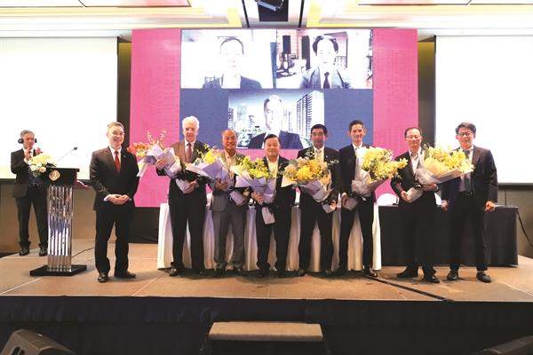 bộ máy lãnh đạo mới của Nam Long quy tụ nhiều doanh nhân và giới chuyên gia đầu ngành