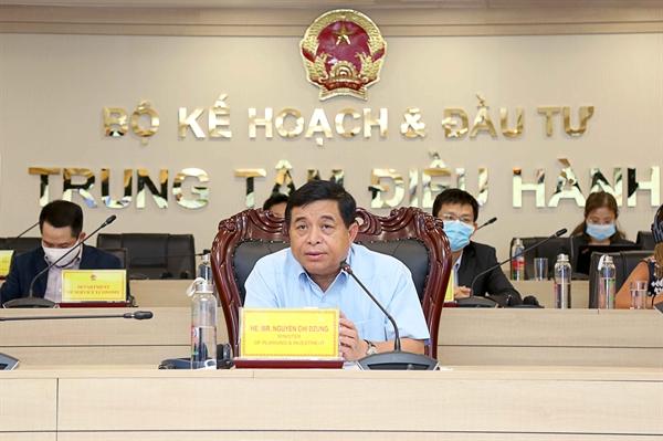 Ngài Nguyễn Chí Dũng, Bộ trưởng Bộ Kế hoạch và Đầu tư phát biểu.