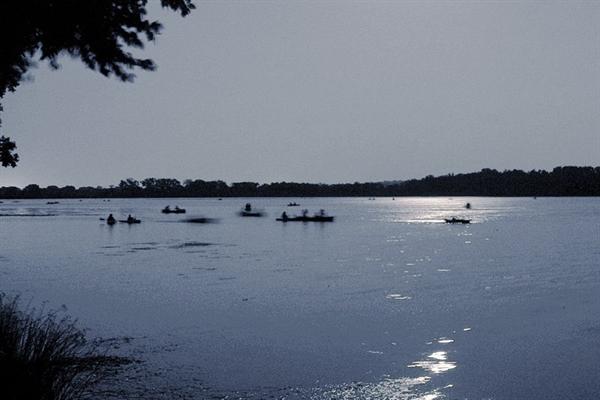 Nồng độ oxy trong các hồ nước ngọt trên khắp thế giới đang giảm và sự sụt giảm này có thể ảnh hưởng đến toàn bộ hệ sinh thái. Ảnh: Flickr.