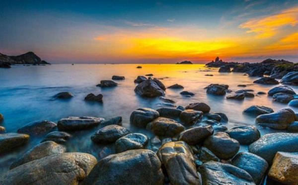 Đầu năm 2020, kênh truyền hình nổi tiếng thế giới National Geographic của Mỹ cũng đã bình chọn Ghềnh Ráng - Quy Nhơn là 1 trong 5 bãi biển đẹp nhất ở phía Nam của Việt Nam.
