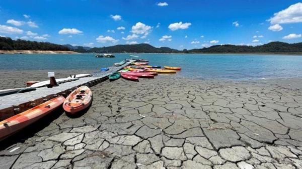 Nhiệt độ Trái đất có thể tăng 1,5 độ C trong vòng 5 năm tới. Ảnh: Reuters.