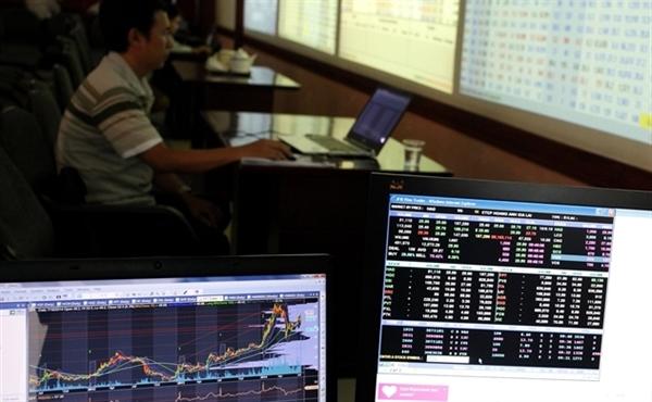Bảng giá bị lỗi khiến nhà đầu tư mua bán bằng lệnh MP. Ảnh minh họa: TL.