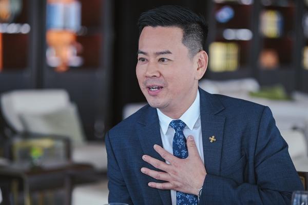 Ông Phương Tiến Minh, CEO Prudential, cho rằng mỗi cá nhân nên chọn một kế hoạch phù hợp càng sớm thì càng dễ đạt được tự do tài chính và độc lập khi về già.