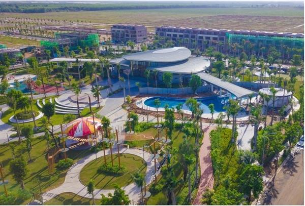 Công viên Gem Sky Park rộng 3ha đã hoàn thiện đồng bộ mang đến nhiều tiện ích vượt trội, góp phần gia tăng giá trị cho khách hàng. (Hình thực tế tháng 5/2021)
