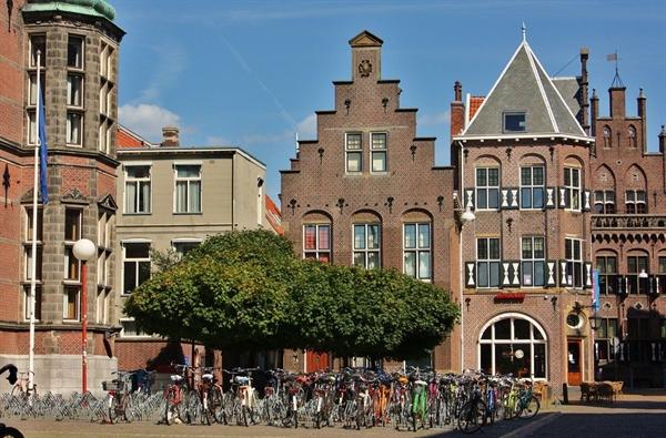 Sở hữu hãng hàng không nổi tiếng nhưng Hà Lan không khai thác thị trường nội địa. Ảnh: Traveling Life Style.