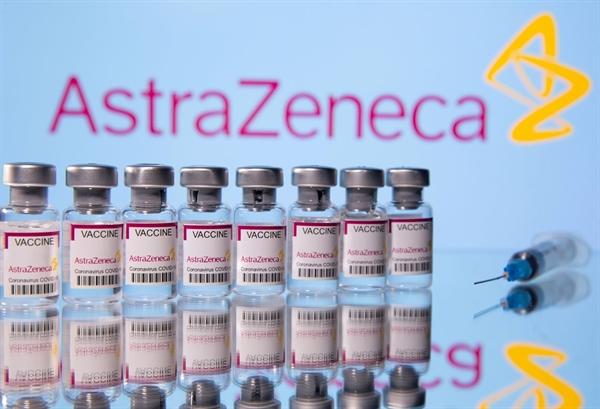 Nhật đã đạt được thỏa thuận đối với khoảng 120 triệu liều vaccine AstraZeneca, nhưng vẫn chưa khuyến nghị rằng loại vaccine này sẽ được sử dụng trong nước. Ảnh: Reuters
