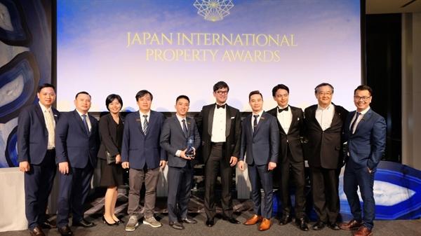 """Tập đoàn Danh Khôi đã được vinh danh chiến thắng ở hạng mục """"Emerging Developer of The Year"""" (Nhà phát triển nổi bật của năm) tại lễ trao giải thưởng bất động sản quốc tế Japan International Property Awards 2019 (JIPA)."""
