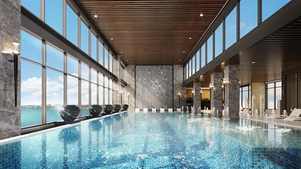 Với dịch vụ tiện ích đẳng cấp, cư dân có thể thư giãn sau một ngày dài bằng việc thả mình vào làn nước xanh trong tại bể bơi trên cao, ngắm nhìn toàn cảnh đô thị lên đèn.