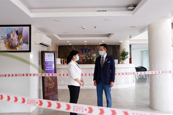 Ông Đặng Hồng Anh, Chủ tịch Hội Doanh nhân trẻ Việt Nam, Phó Chủ tịch Tập đoàn TTC, Chủ tịch DHA cho biết, bằng những việc làm thiết thực, TTC rất mong được chung tay cùng Chính phủ và các địa phương đẩy lùi dịch bệnh