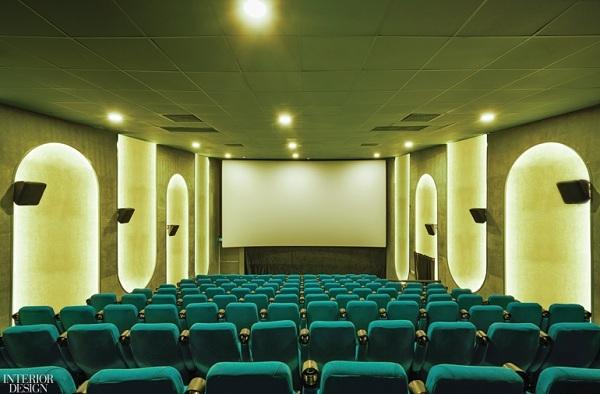 Quy mô hơn 1.000 ghế ngồi phục vụ tối đa lượng khách ở những giờ cao điểm.