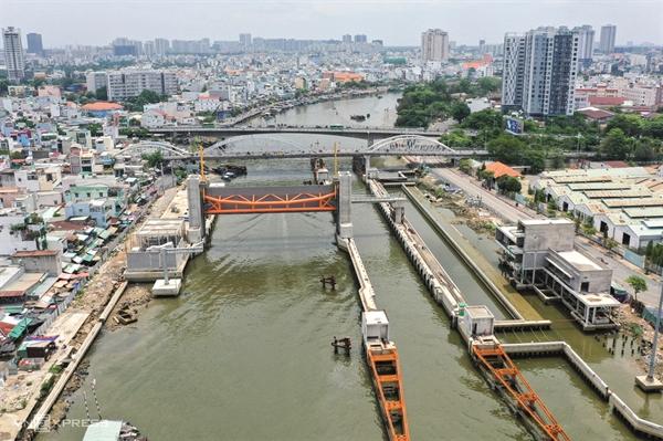 Dự án Cống kiểm soát triều Tân Thuận (TP.HCM) có xét đến yếu tố biến đổi khí hậu do Ngân hàng BIDV tài trợ vốn.