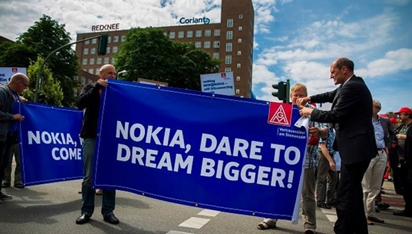 Những người hâm mộ Nokia vẫn mong chờ ngày trở lại hoành tráng của