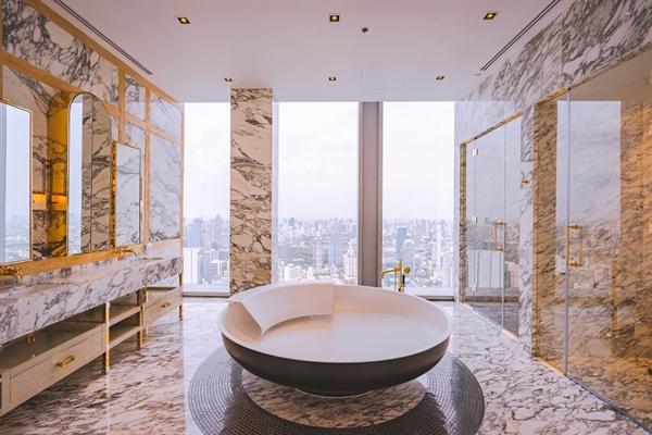 Bên trong căn hộ Ritz- Carlton Bangkok. Các căn hộ còn được thiết kế nội thất với các sản phẩm đẳng cấp quốc tế