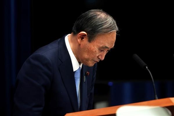 Thủ tướng Suga Yoshihide sắp từ chức sau chưa đầy 1 năm đảm nhận vai trò lãnh đạo đất nước. Ảnh: Reuters.