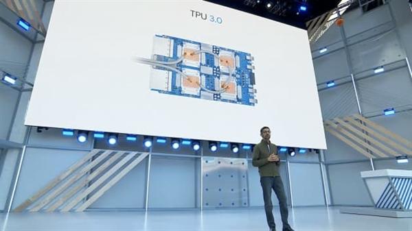 Tổng giám đốc điều hành Google Sundar Pichai nói về chip AI thế hệ ba của mình. Ảnh: CNBC.