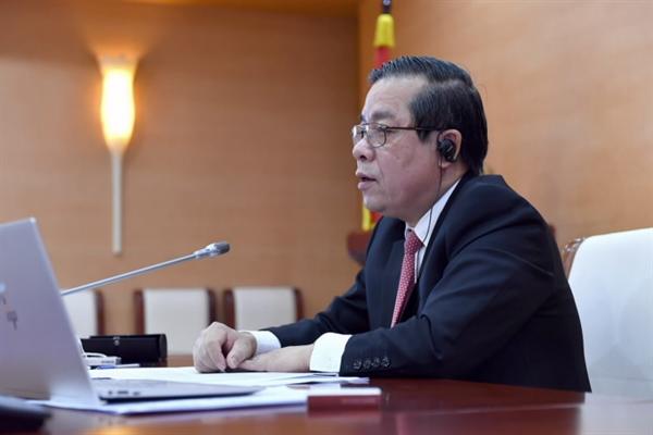 Phó Thống đốc Ngân hàng Nhà nước Nguyễn Kim Anh phát biểu tại Diễn đàn. Ảnh: SBV.