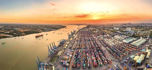 FDI giúp Việt Nam tăng vọt xuất khẩu và góp phần không nhỏ vào tăng trưởng kinh tế.