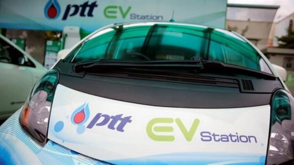 Tập đoàn dầu khí PTT của Thái Lan từng bước chuyển dần sang các nguồn nhiên liệu mới. Ảnh: Reuters.