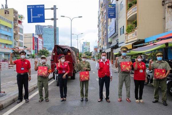 Mondelez Kinh Đô cam kết đồng hành cùng tuyến đầu và cộng đồng để đẩy lùi dịch bệnh