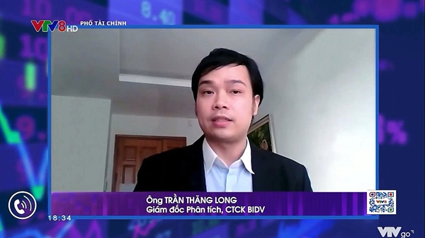 Ảnh chụp màn hình từ Talkshow Phố Tài Chính.