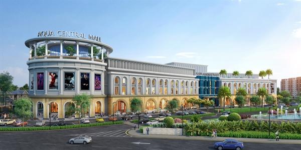 Trung tâm thương mại Aqua Central Mall dự kiến sẽ đưa vào vận hành giai đoạn 1 với các mảng nội thất, siêu thị, ẩm thực thời trang, mỹ phẩm, rạp chiếu phim, khu vui chơi trong nhà