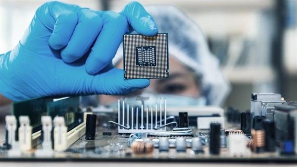 Mỹ, Nhật, Ấn Độ và Australia cần hợp tác để tăng năng lực sản xuất chip. Ảnh: TL.
