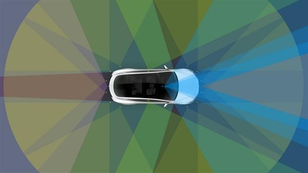 Samsung sẽ sản xuất chip tự lái thế hệ mới cho các mẫu xe của Tesla. Ảnh: Autoevolution.